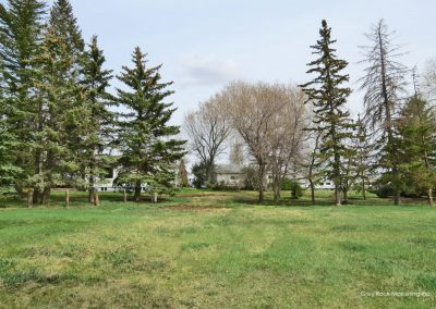 Land – 265031 Township Road 222